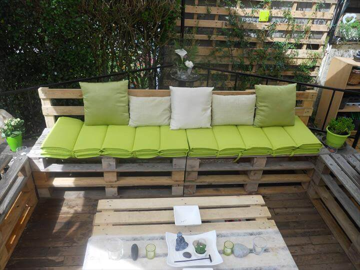 DIY Pallet Patio Furniture Deck