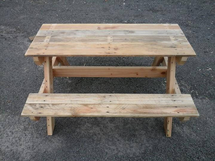build a picnic table out of pallets | Woodworking Workbench Projects