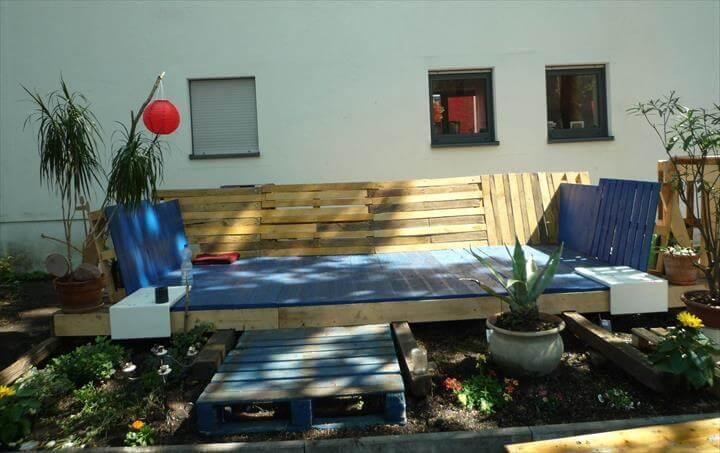 repurposed pallet deck furniture