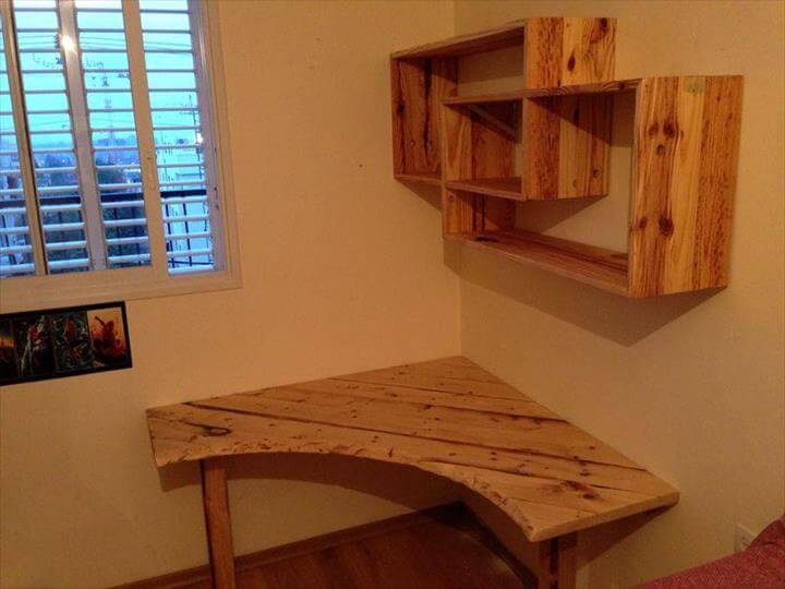 wooden pallet sectional desk