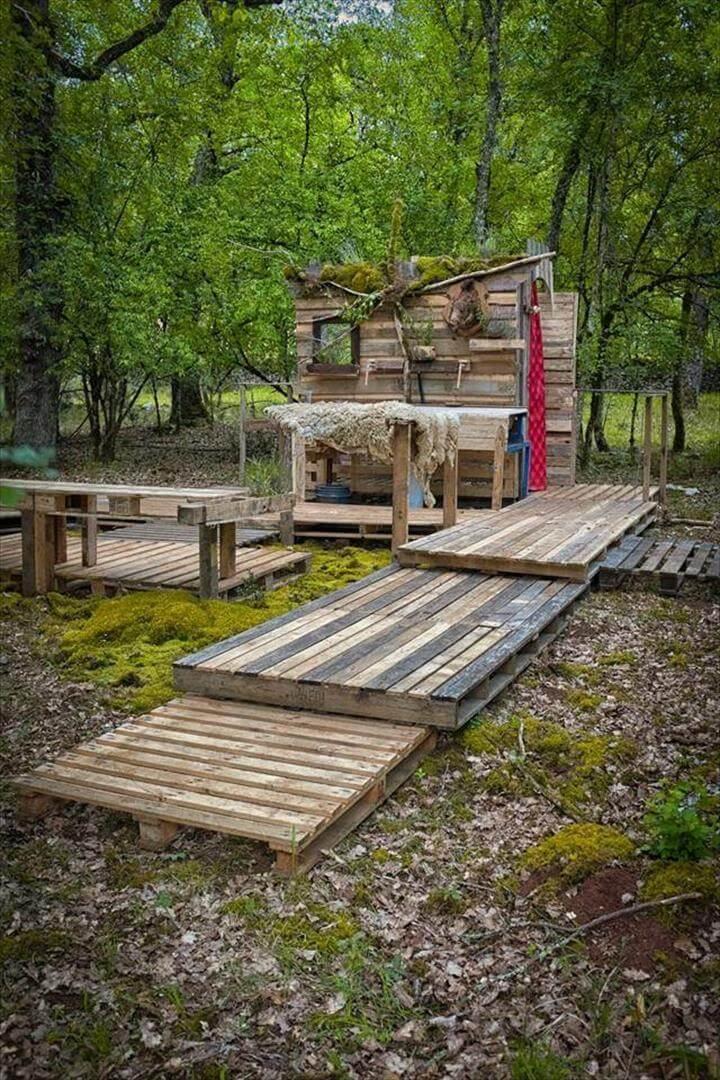 pallet outdoor bathroom wooden walkway