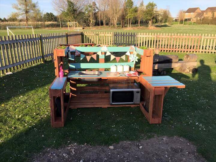reclaimed pallet mud kitchen
