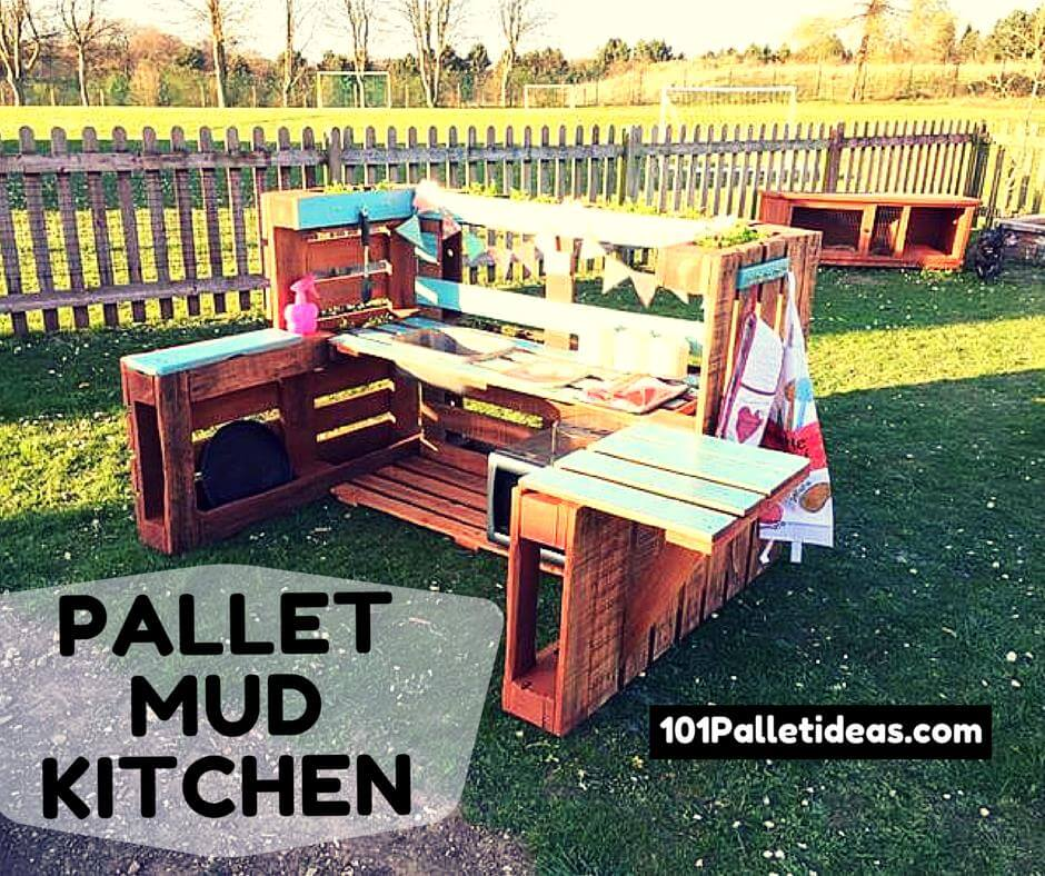 DIY Pallet Mud Kitchen