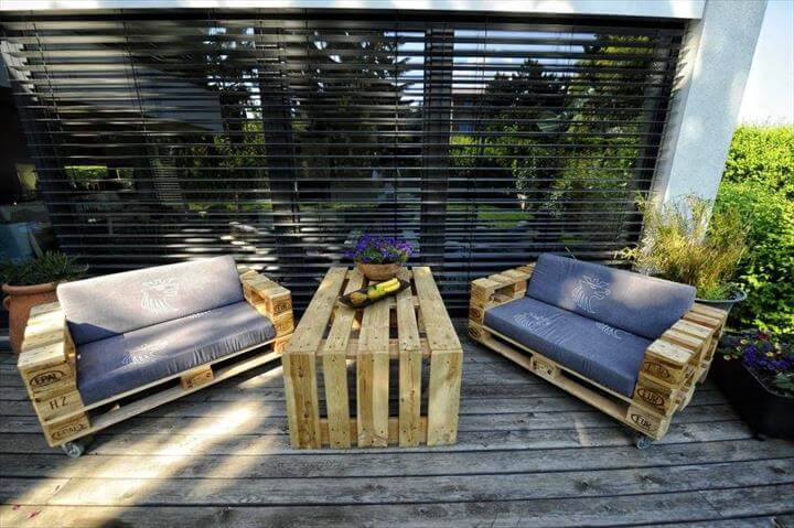 diy whole pallet foam cushioned sofas