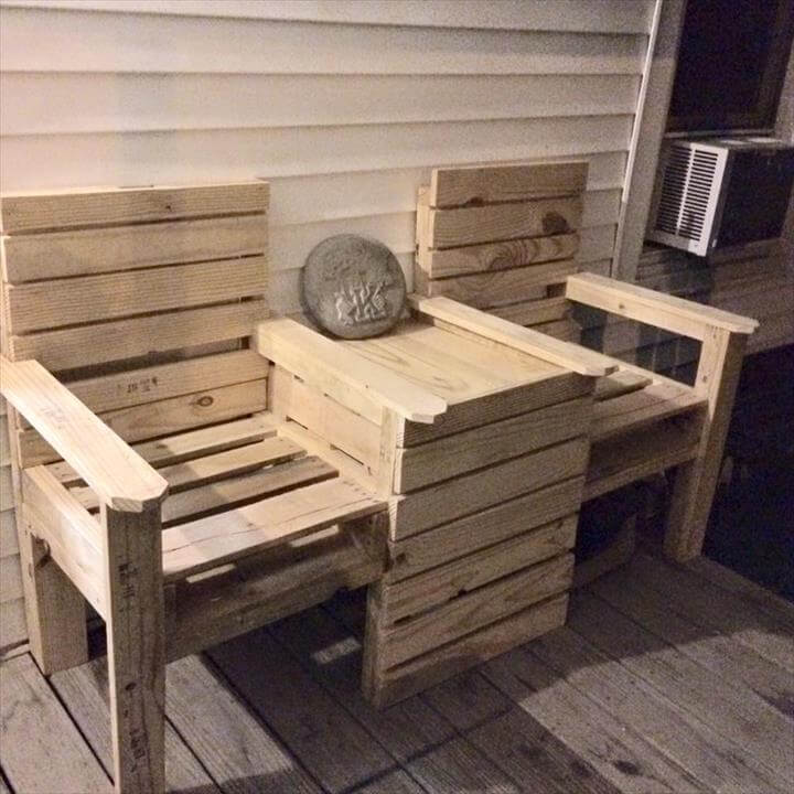 Wood pallet outdoor bench double chair Chairs made out of wooden pallets