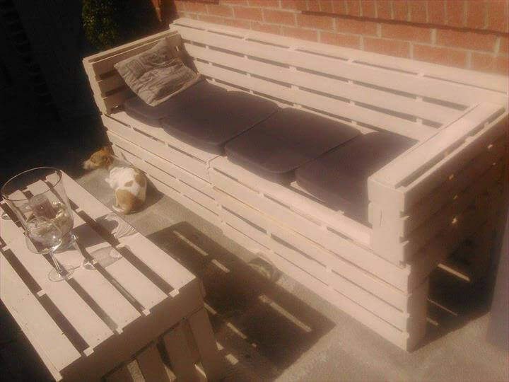 3 Seated Pallet Sofa with Coffee Table
