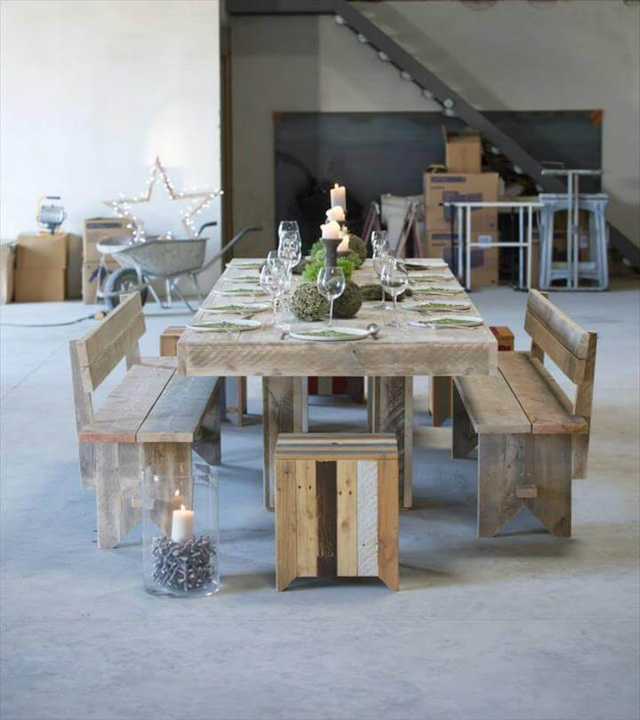 simple wood pallet dining table set 101 pallet ideas. Black Bedroom Furniture Sets. Home Design Ideas