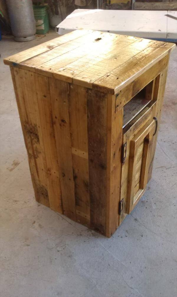 Pallet Side Table Or Microwave