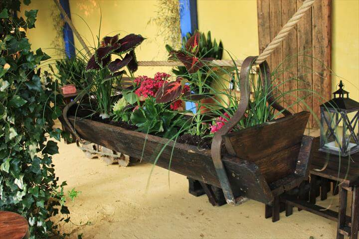 Brilliant Diy Wood Pallet Planter Ideas