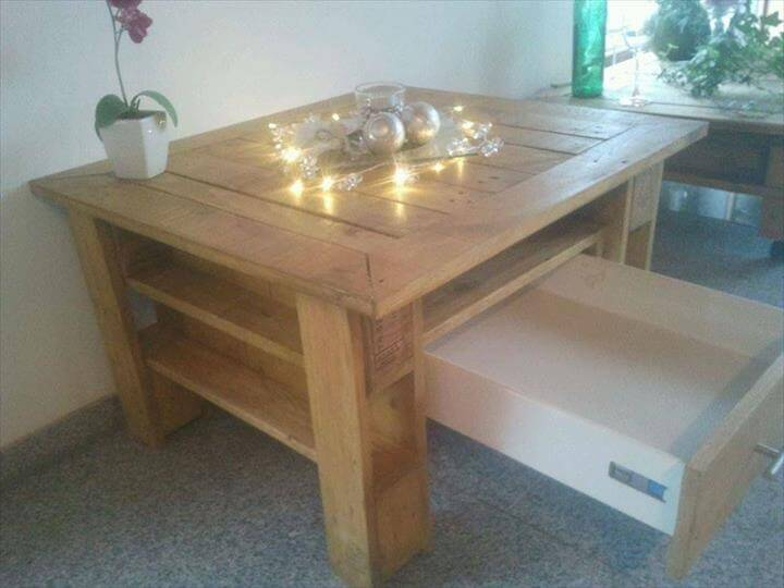 Pallet Coffee Table with a Drawer