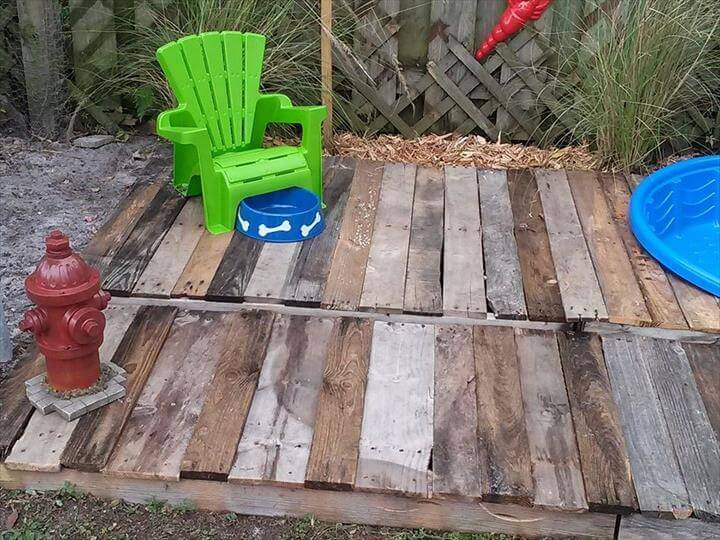 handmade wooden pallet doggie pool