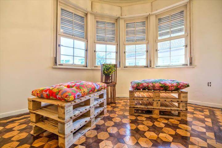 upcycled stacked pallet cushioned seats