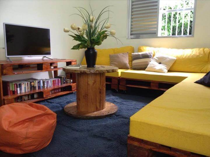 handmade whole pallet sectional sofa with yellow foam cushion
