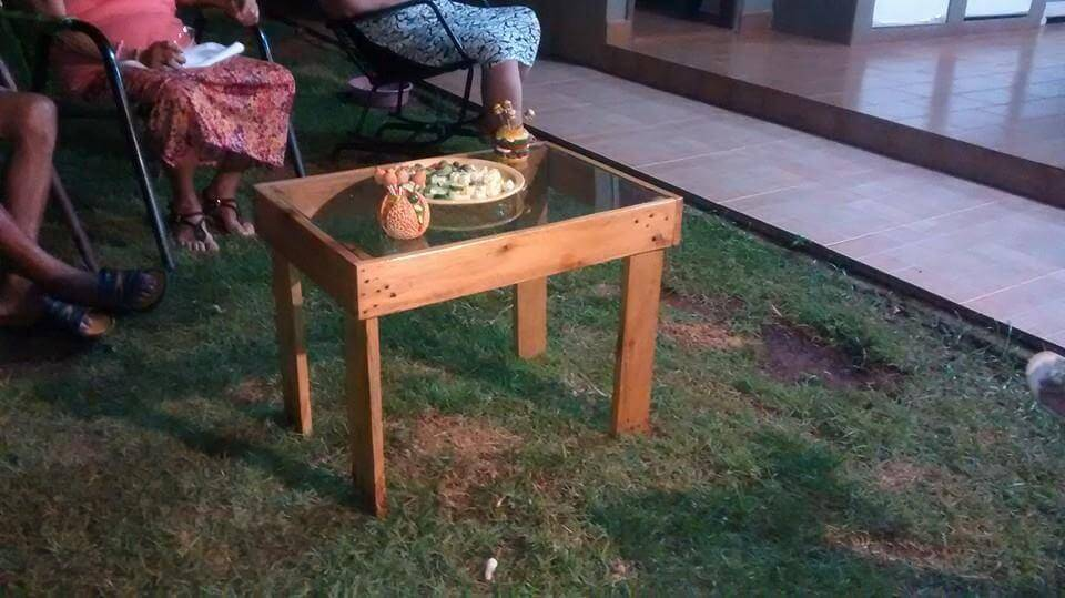 DIY Shabby Chic Pallet Coffee Table · Easy To Build Pallet Coffee Table  With Glass Top Part 80