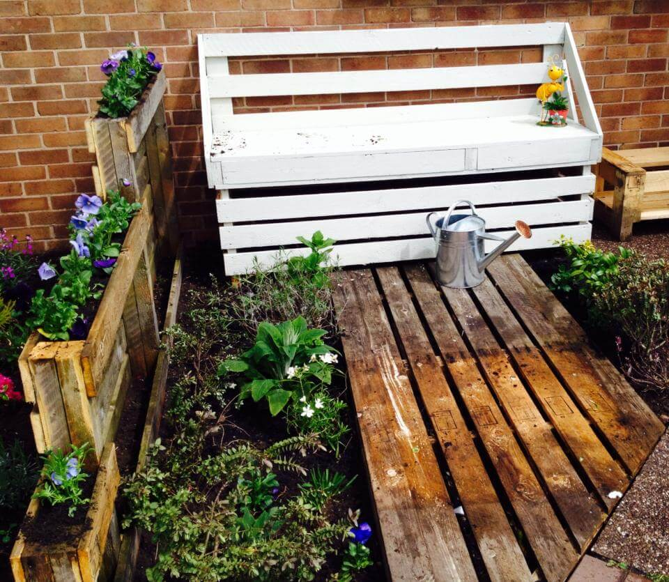 White Painted Pallet Garden Bench