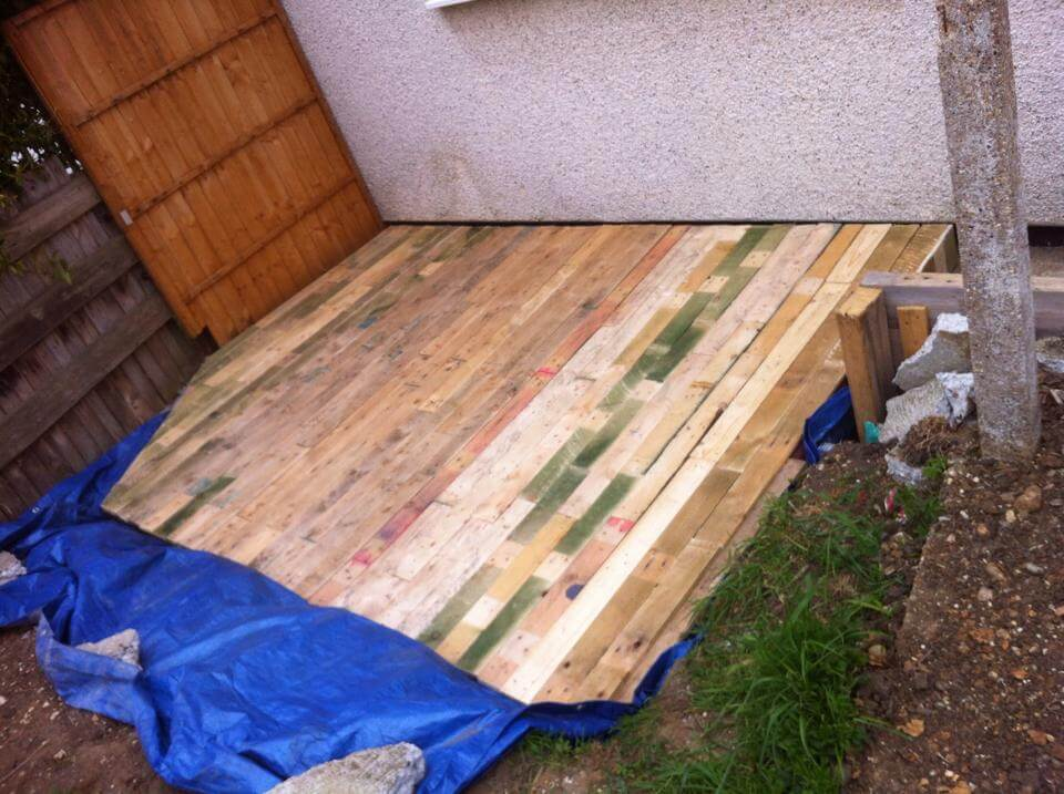recycled pallet deck flooring