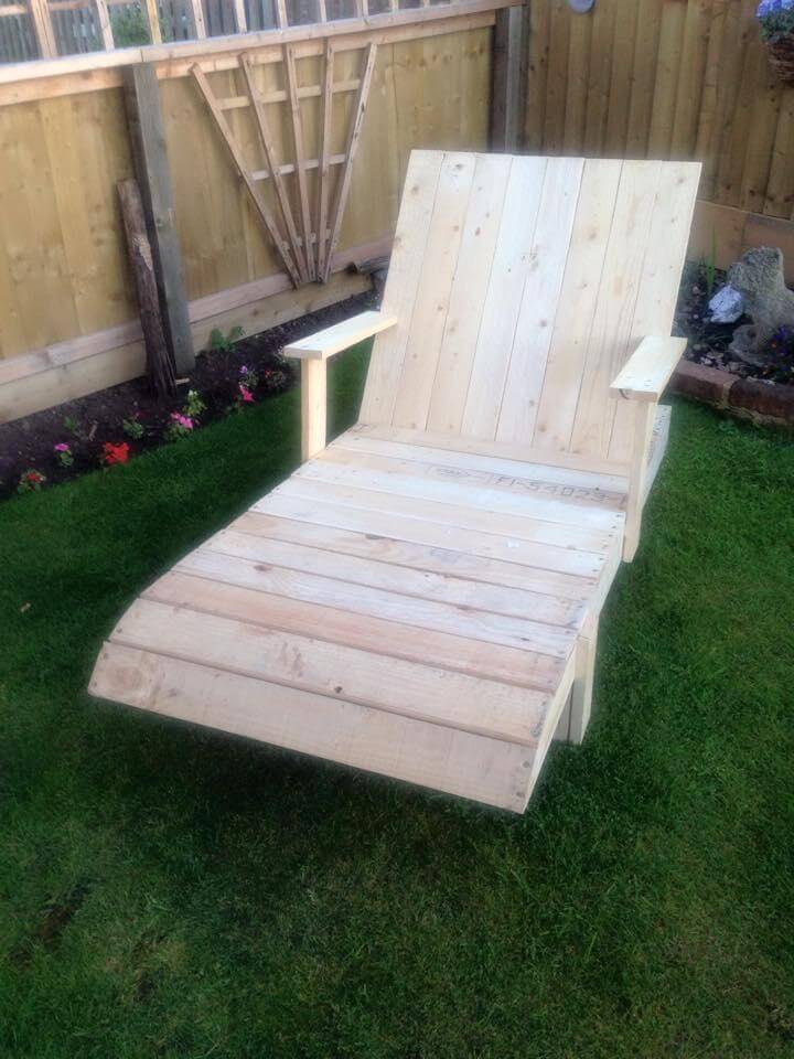 Pallet lounge chair with armrest - Chaise longue en palette bois ...