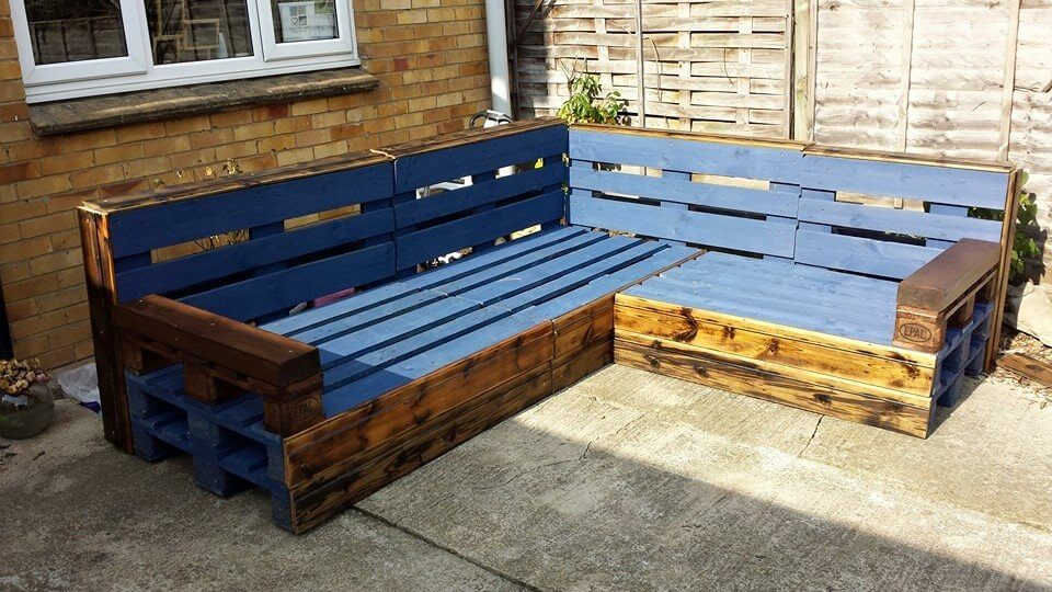 patio sofa from pallets. Black Bedroom Furniture Sets. Home Design Ideas
