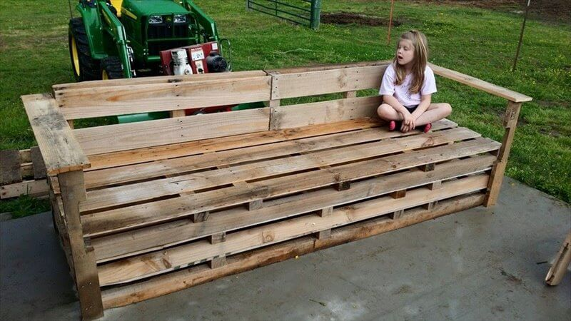 Pallet may also come in handy to plan out some awesome garden sitting ...