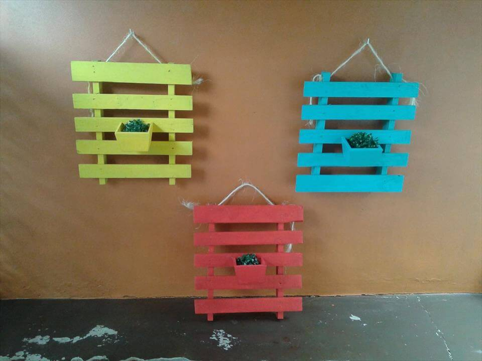 recycled pallet wall hanging planters