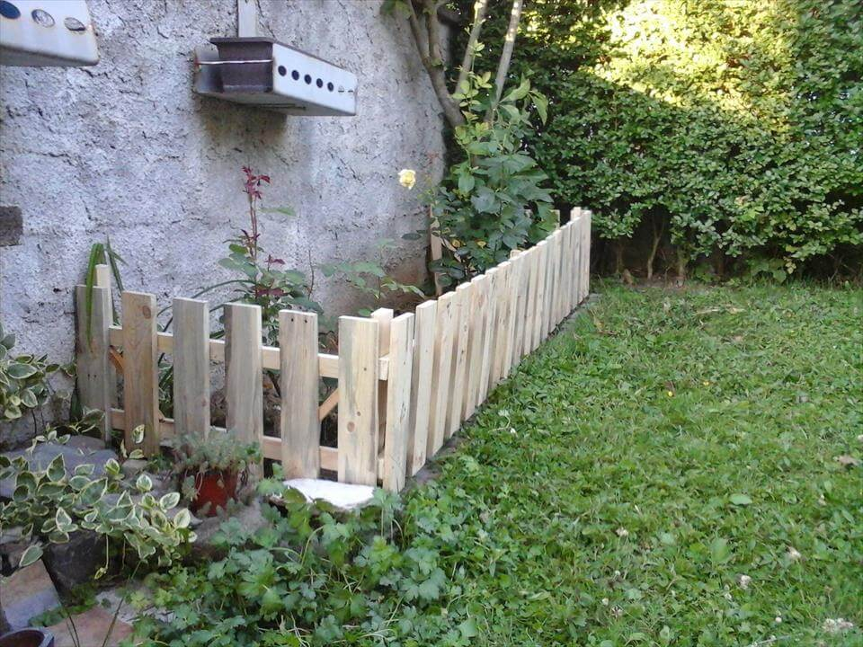 17 Best 1000 Ideas About Deer Fence On Pinterest Fence Garden Garden Diy Garden Fencing Diy