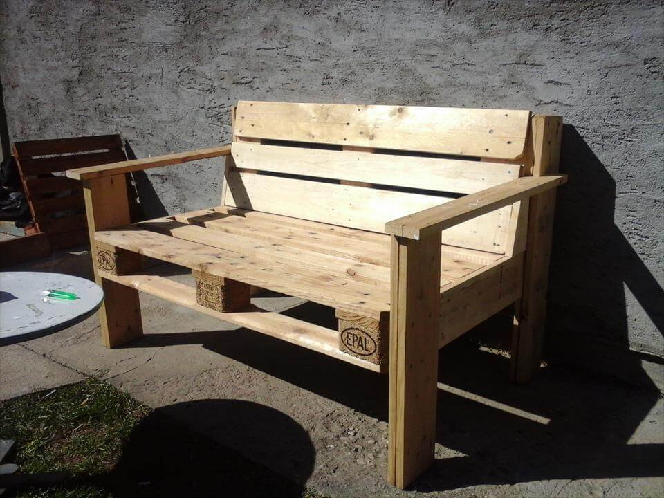D i y pallet bench for Building a bench from pallets