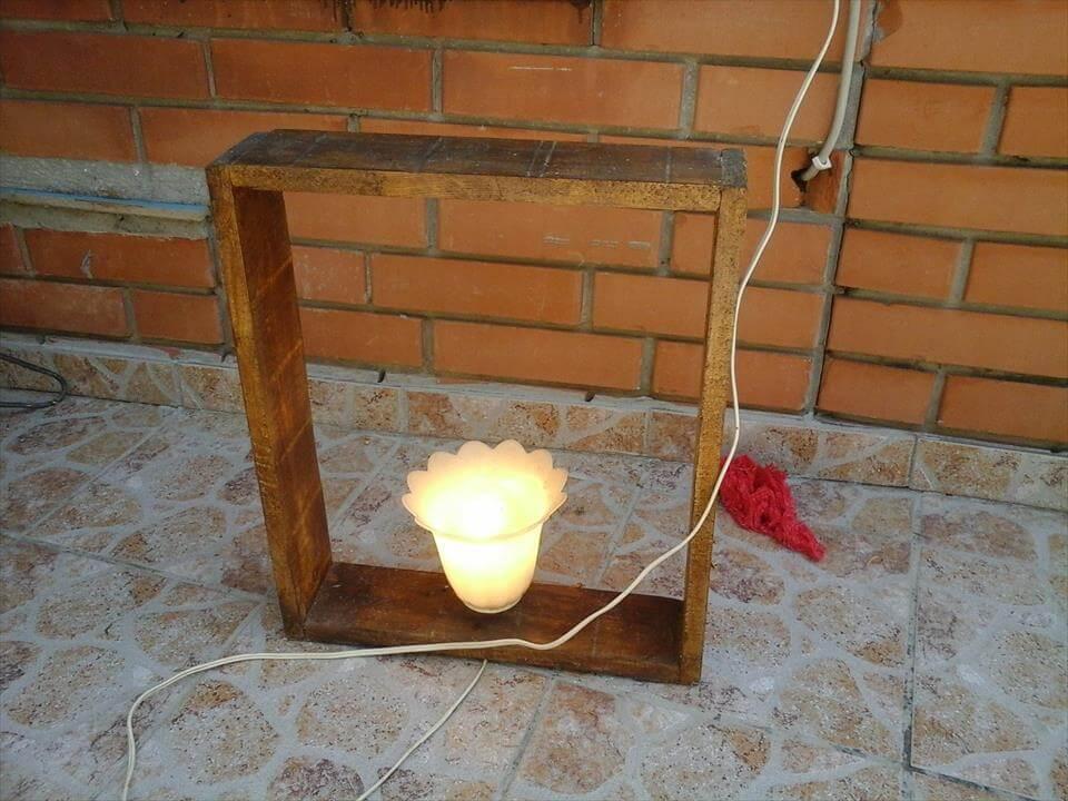 Unique Pallet Lamp – Antique Light Decor
