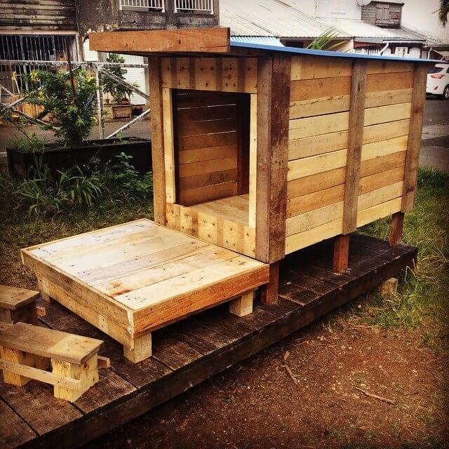 Wooden Pallet Cat House Design