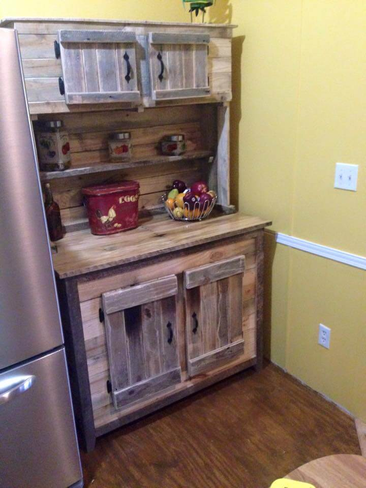 Wood pallet kitchen hutch