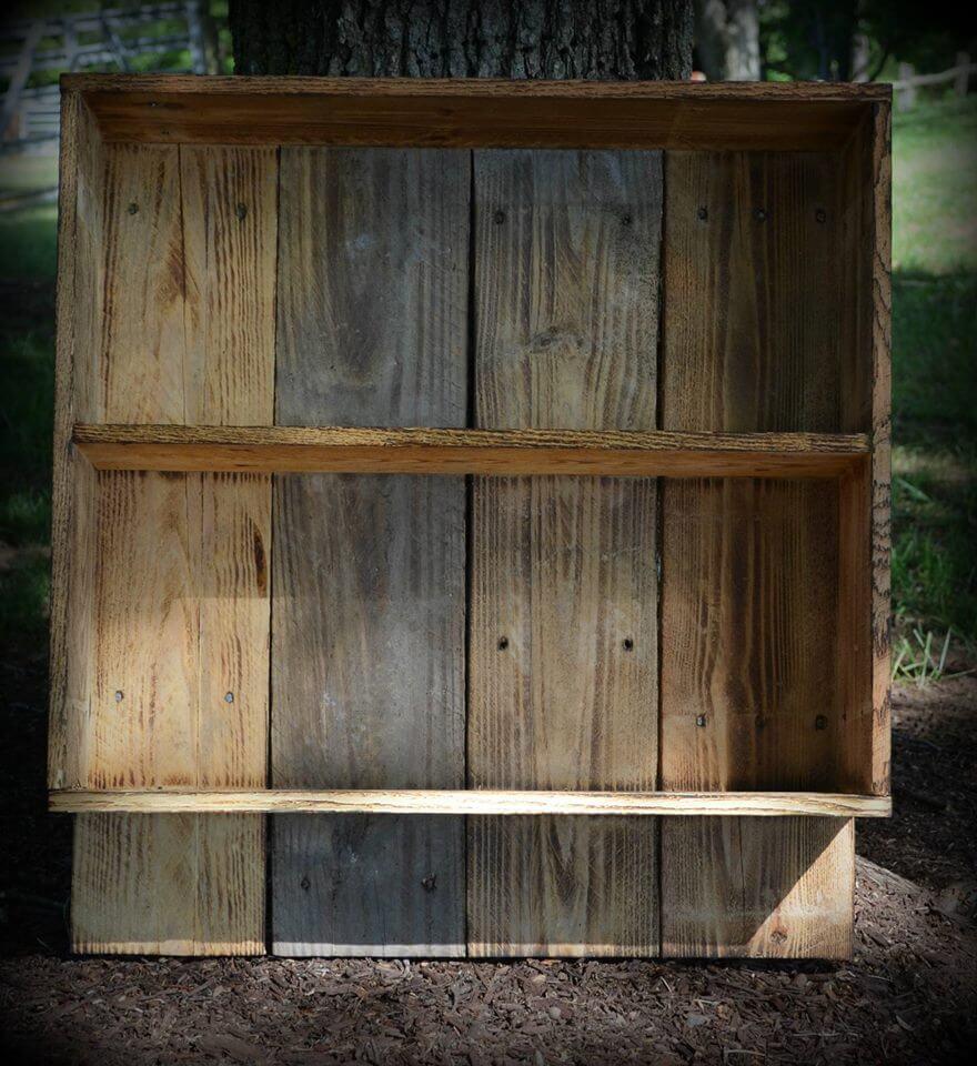 Wooden Pallet Multipurpose Shelf