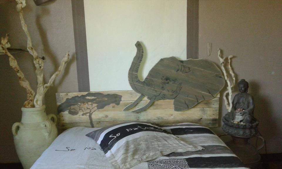 Elephant and tree pallet wood headboard inspiration
