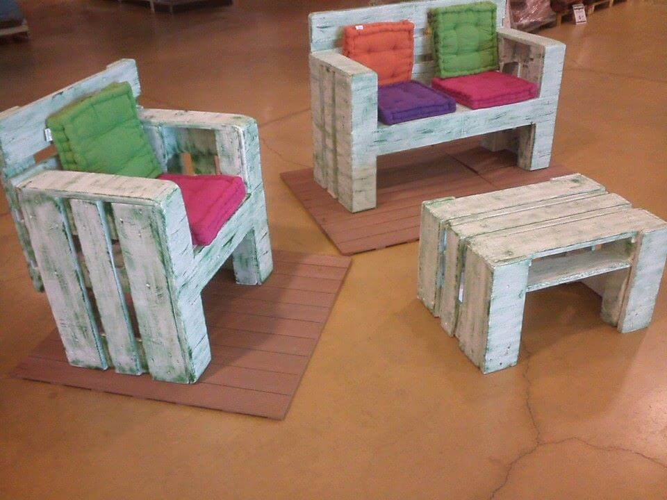 handmade wooden pallet kids furniture set