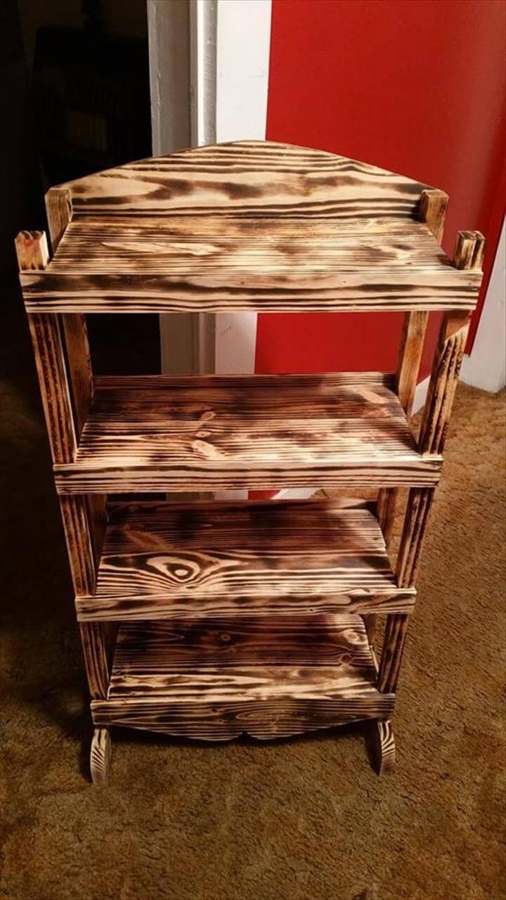 diy wooden pallet bookshelf