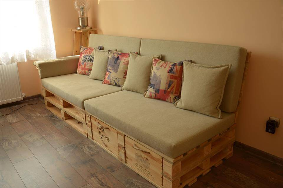 Pallet Sofa with Drawers