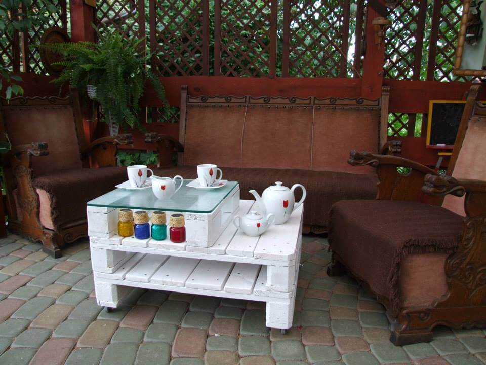 White Pallet Coffee Table 20 diy pallet coffee table ideas