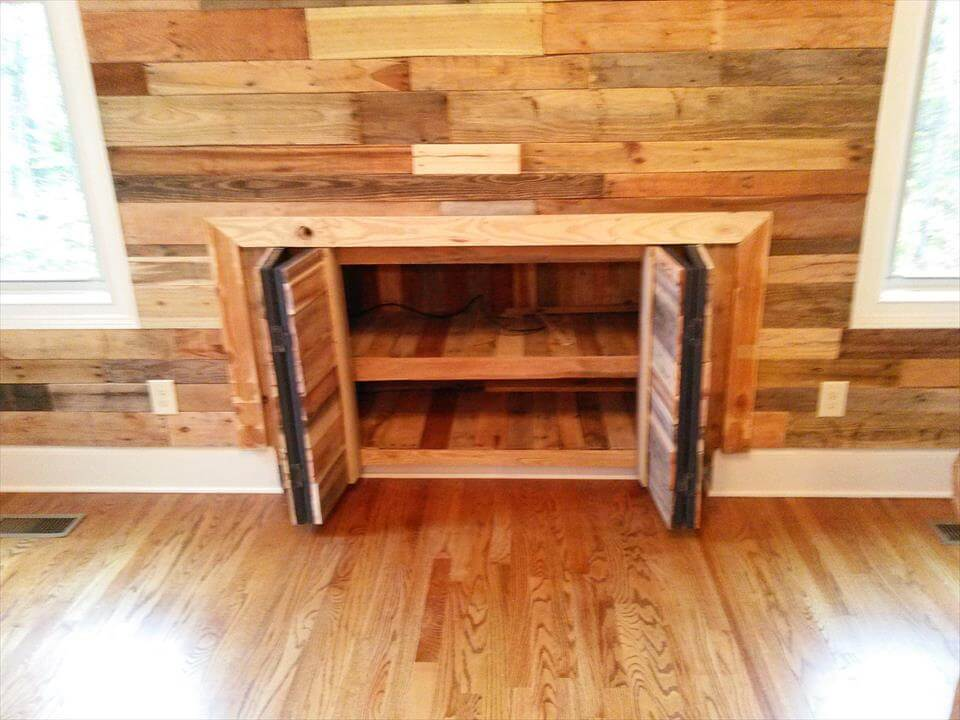 repurposed pallet wall paneling