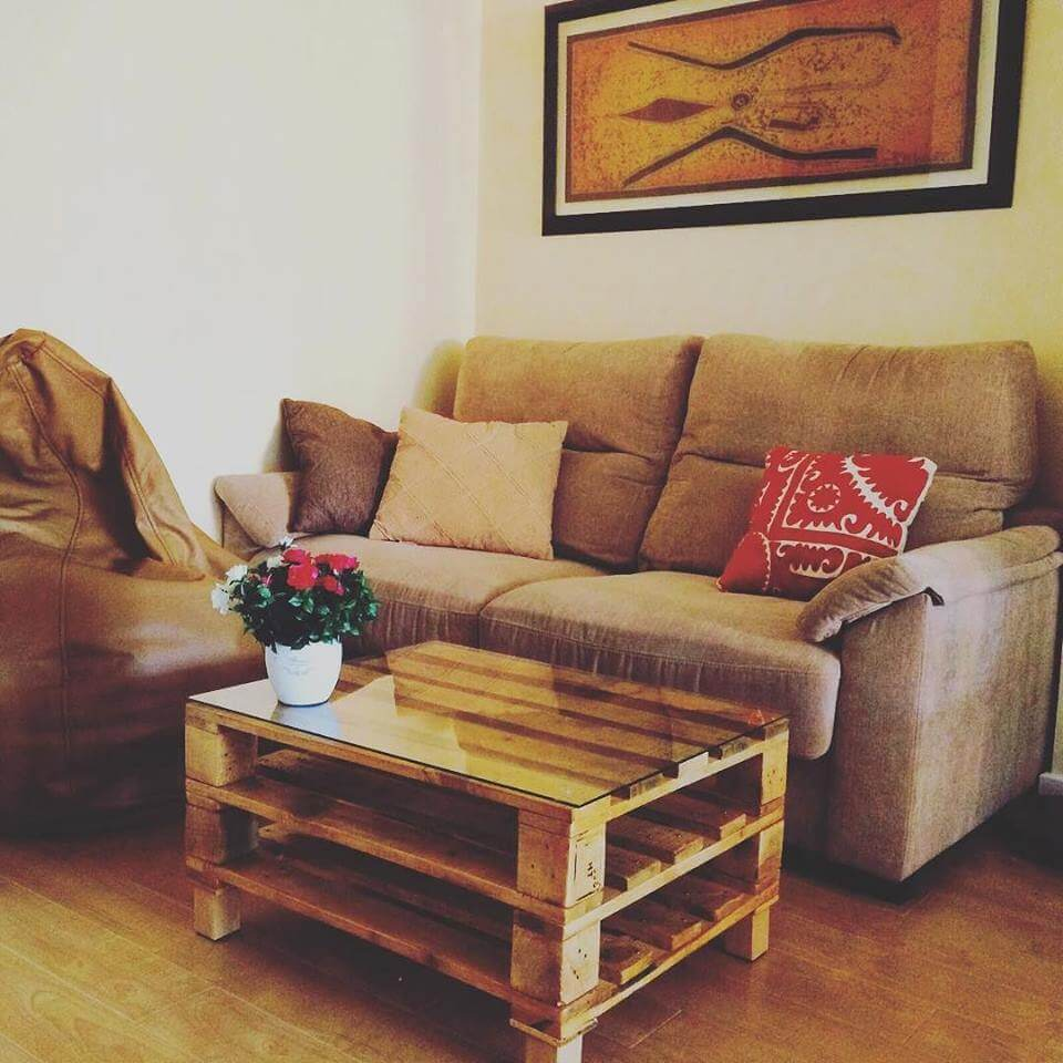 Pallet furniture coffee table - 2 Tiered Pallet Coffee Table