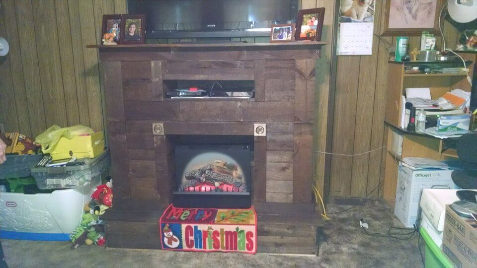 Pallet fireplace with tv stand for Diy pallet tv stand instructions