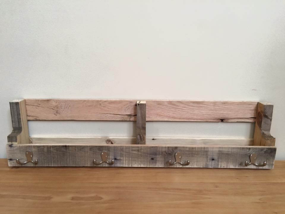 DIY Pallet Shelf With Metal Hooks