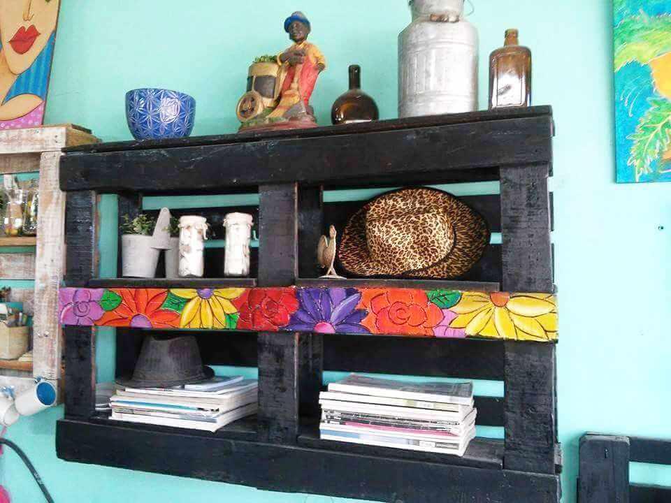 handmade wooden pallet shelf