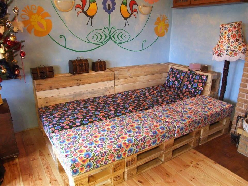 wooden pallet corner sofa or daybed