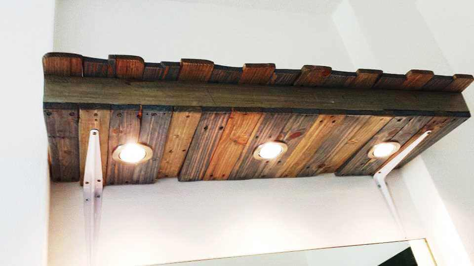 pallet shelf with lights