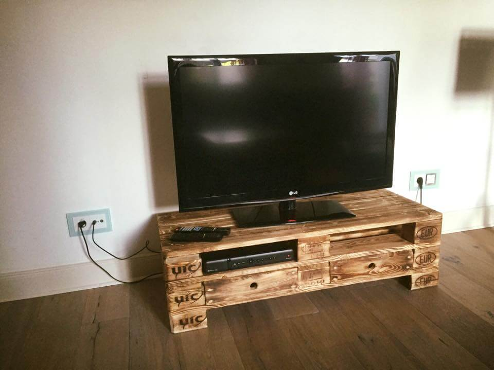 2 epal pallet tv stand with 2 drawers. Black Bedroom Furniture Sets. Home Design Ideas