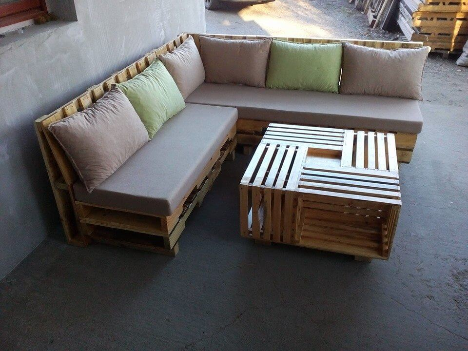 Wooden Pallet L Shape Sofa Set : handmade pallet L shape sofa set from www.101palletideas.com size 960 x 720 jpeg 122kB