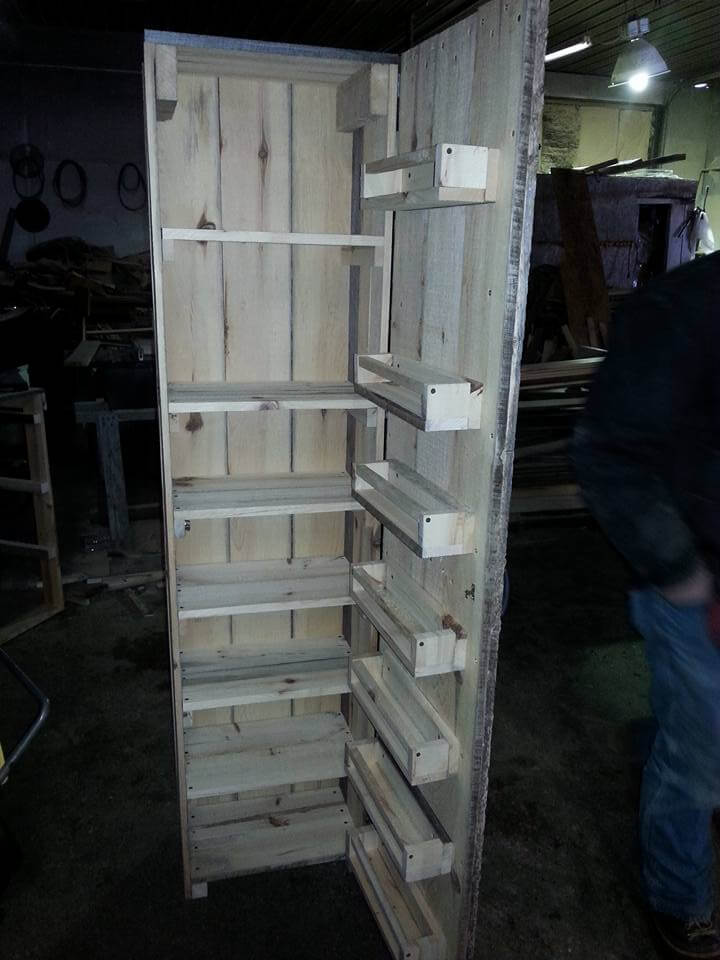 1000 Images About Pallet Wood Cabinets On Pinterest Rustic Barn Pallet Wo