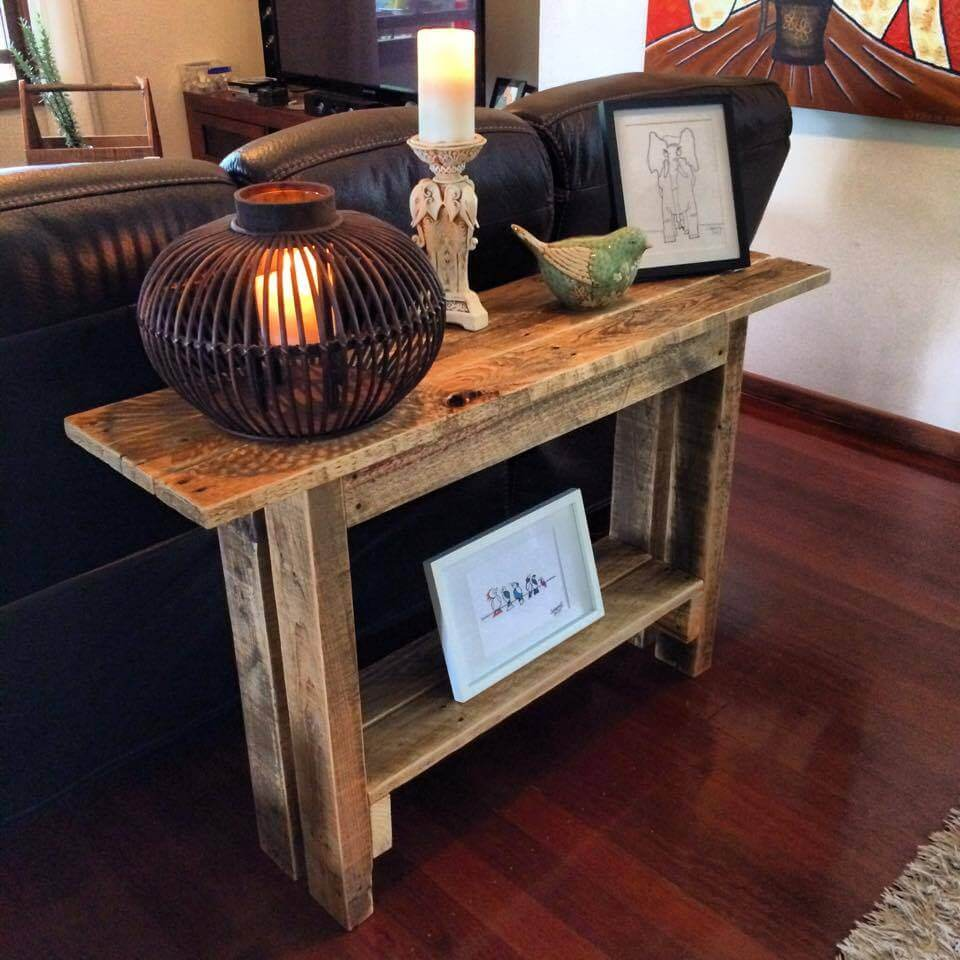 125 awesome diy pallet furniture ideas page 5 of 12 for Sofa table made from pallets