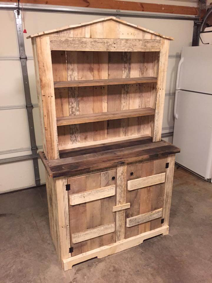 Put together the pallet-made cabinets and shelving units and build ...