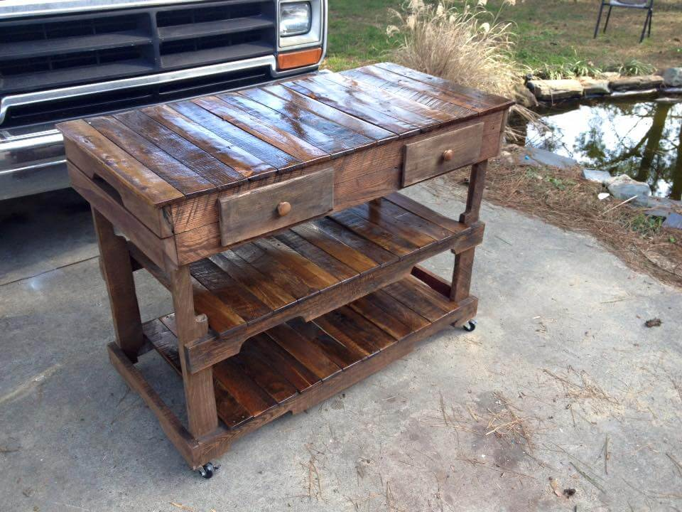 DIY pallet kitchen island with built-in shelves - Pallets Made Kitchen Island
