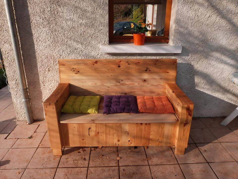 Pallet Sofa With Built In Storage Space