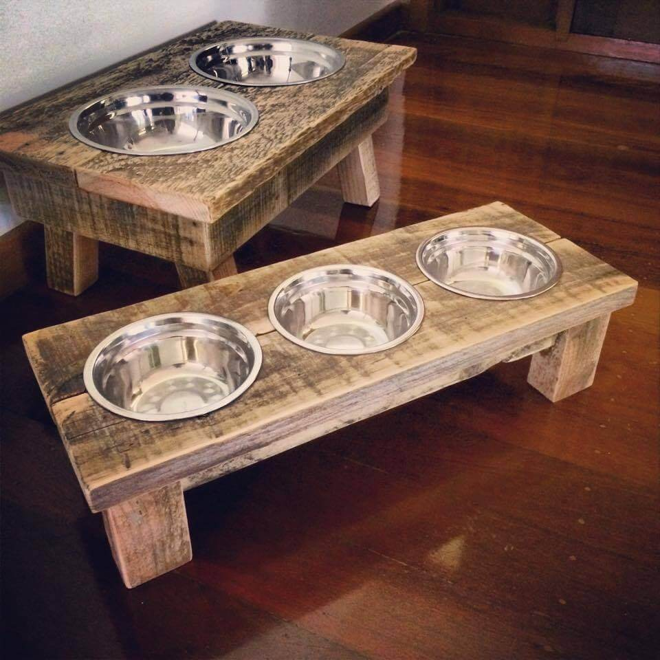 Feeding Stands And Systems Like These Wooden Pallet Dog Bowls